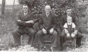 Quatre générations de Thiffault (1945)